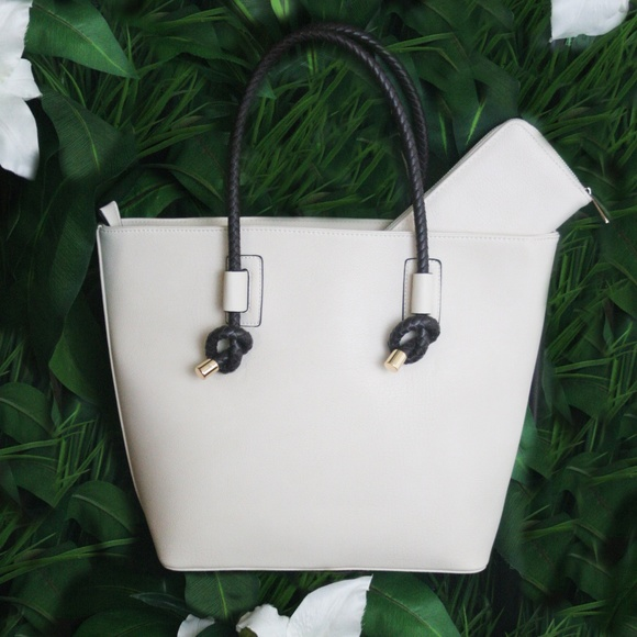 Handbags - NWT Vegan Leather Tote + Wallet